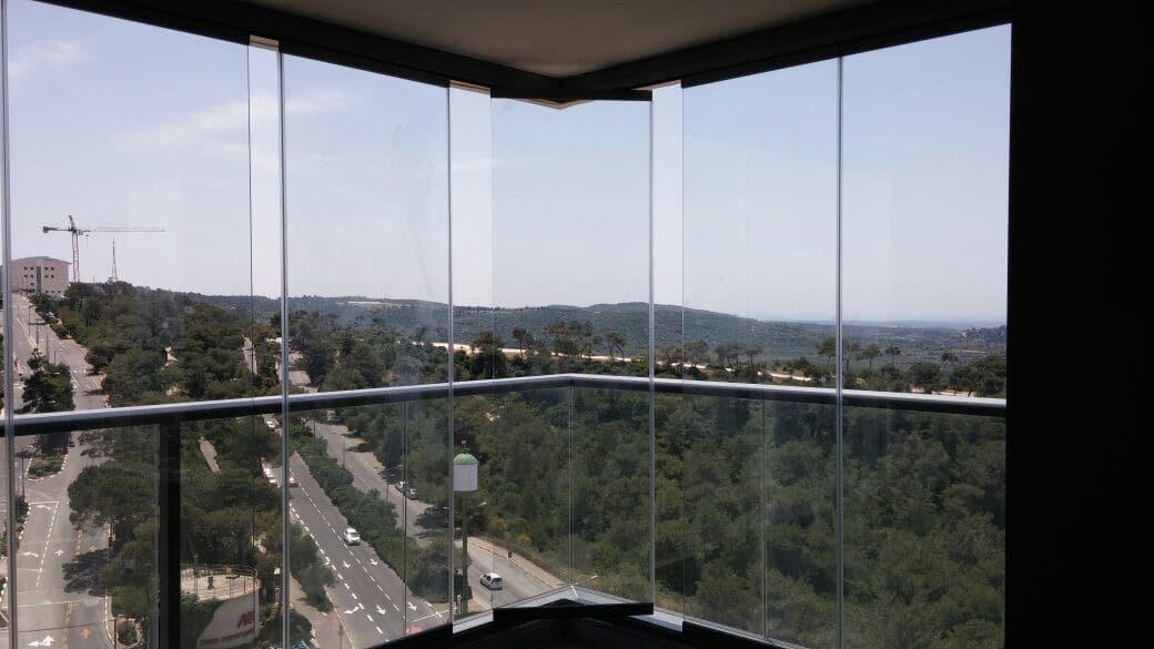 זכוכית פנורמית - אלום צידן