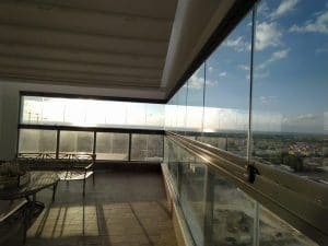 וילונות זכוכית - אלום צידן