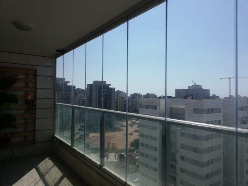 סגירת מרפסת בזכוכית - אלום צידן